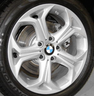 04-10 BMW X3 18x8 Angular Grooved Forked 5 Spoke SILVER - ST 280