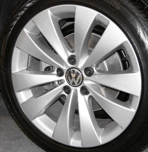 09-13 VOLKSWAGEN PASSAT CC LUXURY/SPORT R-LINE 17x8 Wide Flat Flared Double 5 Spoke SILVER PHOENIX