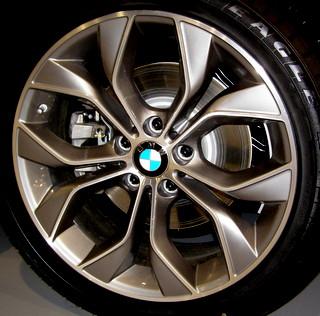 15-17 BMW X3 XDRIVE28D/28I/35I 19x8.5 Bowed 5 V-Spoke, Flared Ledge MC/GREY FRONT ST 608