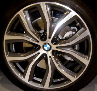 18-19 BMW X2 19x8 Flat Flared 5 V-Spoke MACH/GREY FRONT ST 511