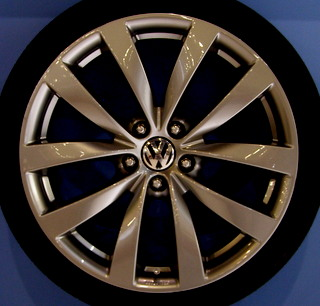09-17 VOLKSWAGEN CC LUXURY 19x8 Soft Contoured 5 V-Spoke SMOKE BRILLIANT SAGITTA