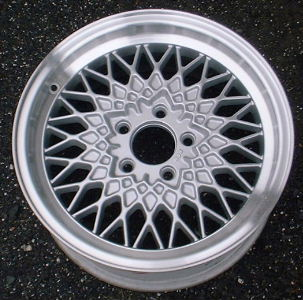90-92 LINCOLN MARK VII 16x7 Crosslace Mesh, 25 mm Offset A ARGENT