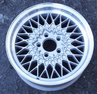 90-92 LINCOLN MARK VII 16x7 Crosslace Mesh, 25 mm Offset A ARGENT BBS