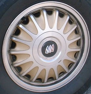 96 BUICK REGAL 15x6 17 Spoke with Covered Lugs B MACHINE/GOLD
