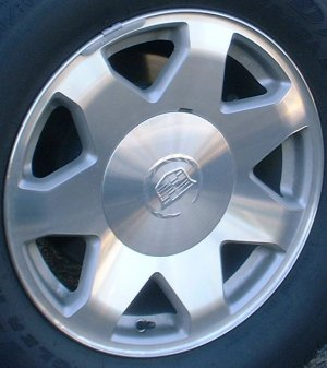 03-06 CADILLAC ESCALADE ESV 17x7.5 Flat 7 Star w Covered Lugs MC/SILVER, OPTN N93