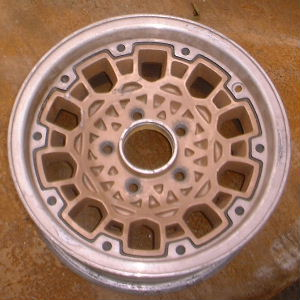 93 GMC S15 4X2/SONOMA 15x7 Dished 10 Hole Mesh w Rivets BEECHWOOD