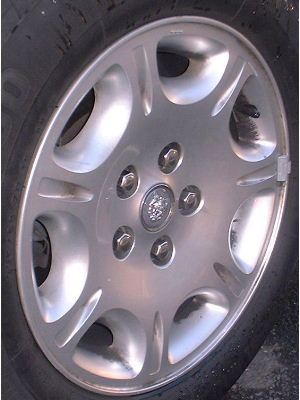 98-03 JAGUAR XJ8 16x7 Flat Groovd 7 Spoke w Oval Holes LUNAR - FULL SILVER