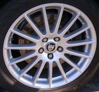 05-07 JAGUAR XJ8 18x8 Thin 15 Spoke w Soft Slots TUCANA - SILVER SPARKLE