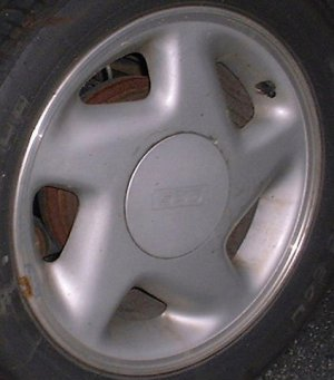 91-93 GEO STORM 15x6 Soft 5 Spoke with Covered Lugs RIGHT SILVER