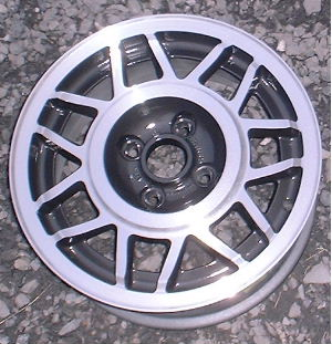 86-88 VOLKSWAGEN QUANTUM 14x6 Double 7Spoke 17160.5HV7U A MACHINE/GREY