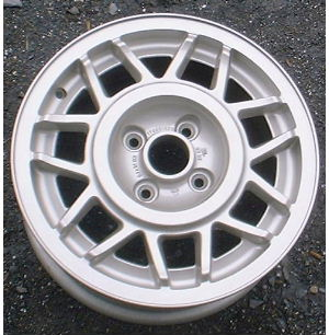 86-87 VOLKSWAGEN GOLF 14x6 Double 7Spoke 176601025 B FULL ARGENT