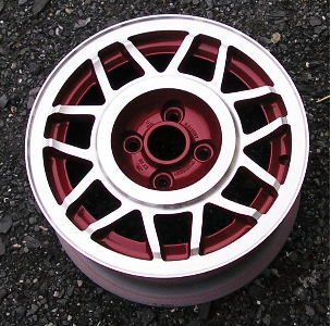 83-88 VOLKSWAGEN QUANTUM 14x6 Double 7Spoke 17160.5HV3Y A MACHINE/RED