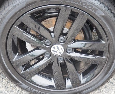 18-19 VOLKSWAGEN JETTA 17x7 Pointed Double 5 Spoke BLACK BATHURST, OPT CR0