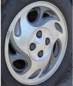 95-01 SATURN S SERIES/SL2 15x6 Swirling Slotted 3 Spoke MC/GREY, OPTN PW8