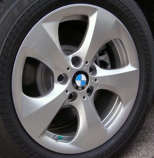 11-17 BMW X3 XDRIVE28I 17x8 Angular Contoured Swept 5 Spk SILVER RIGHT ST 306