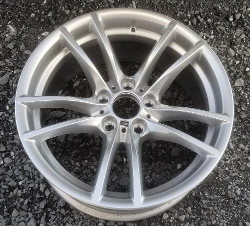 18-19 BMW M2 18x8.5 Double 5 Spoke, Hole in Groove BRILLIANMT FRONT, ST 640M